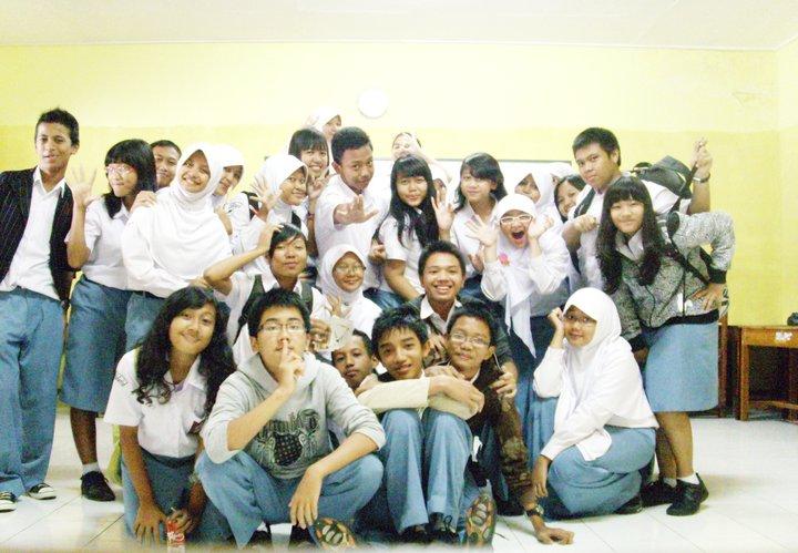 X-8 2010/2011 SMA N 1 Purwokerto