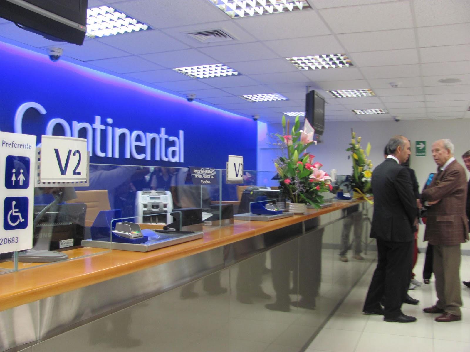 Colectivo de periodistas banco continental reinaugur for Oficina bbva