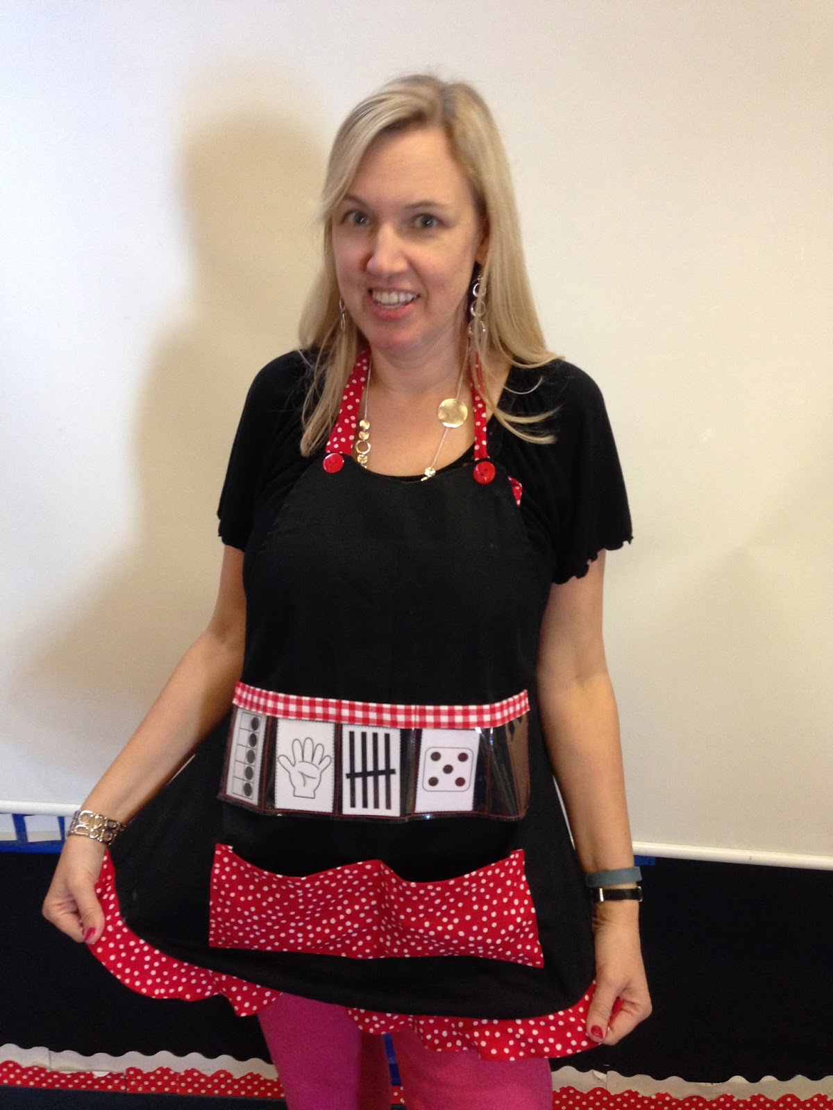 show and tell apron, subitize