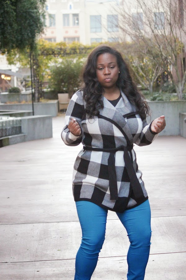 Large Gingham Plaid Open Front Cardigan Sweater Blue Skinny Jeans Jeggings Mahogany Closet Melissa Geddis