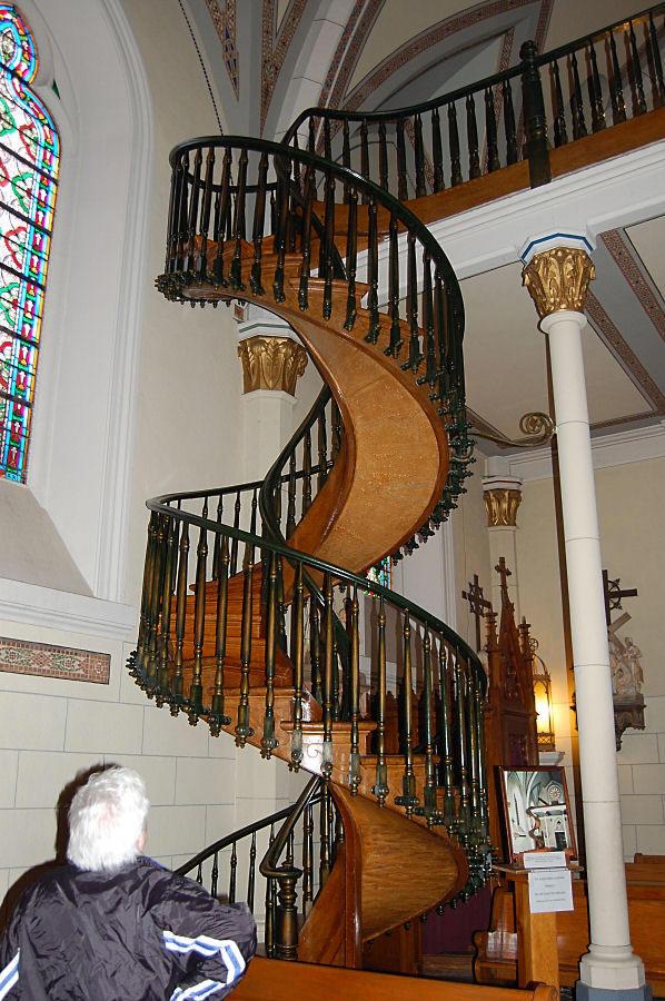 O milagre da escada de s o jos apelo do c u for Piso xose novo freire