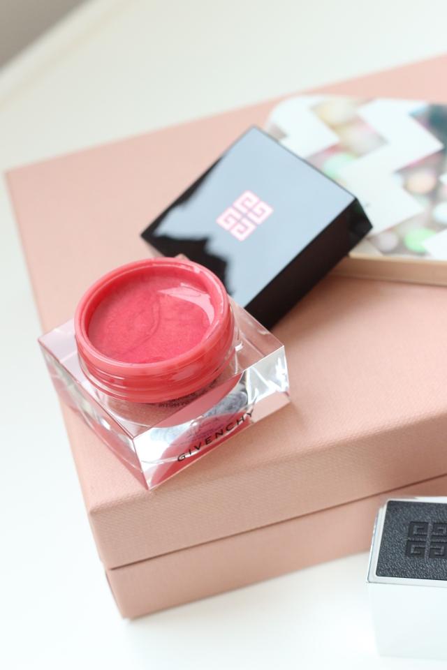 Givenchy Blush Mémoire de Forme Rosé Délicat