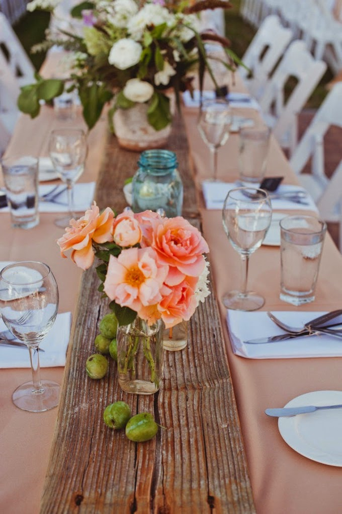 10 country chic rustic wedding tablescapes - Table runner decoration ideas ...