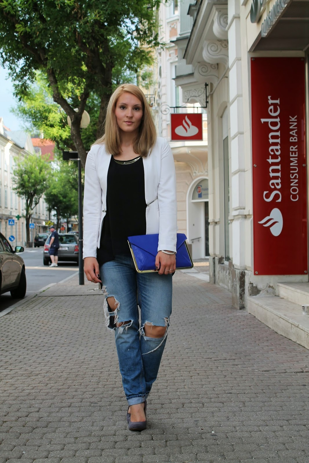 Fashionblogger Austria / Österreich / Deutsch / German / Kärnten / Carinthia / Klagenfurt / Köttmannsdorf / Spring Look / Classy / Edgy / Summer / Summer Style 2014 / Summer Look / Fashionista Look /   / Summer Look / Boyfriend Jeans / H&M / Grey Heels / Zara / White Blazer / Ann Chrstin / Black Longtop / Forever 21 / Clutch blue / Asos / Arm candy / Armparty /