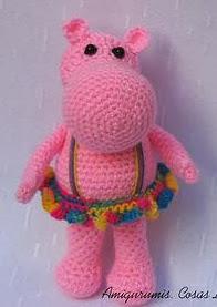 http://amigurumiscosaslinda.wix.com/amigurumis#!hipopotama-amigurumi/c1vb2