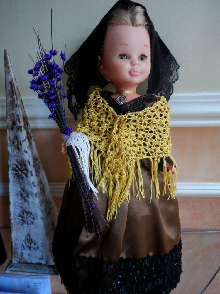 Nancy de famosa vestida con el traje de baturra