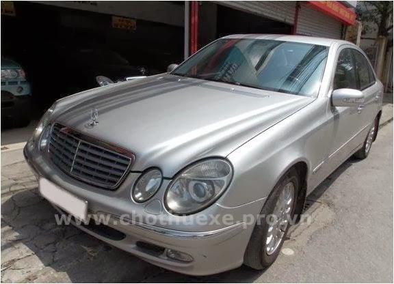 Cho thuê xe Mercedes VIP 240 hạng sang 1