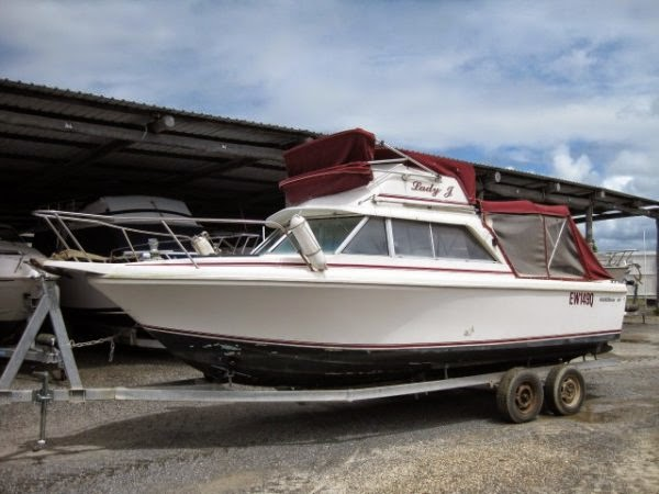23' Bertram Flybridge - Price: AU $25,000  NOW REDUCED