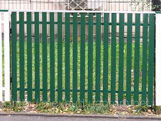 Забор штакетник из профлиста. Фото 13