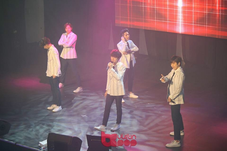 B1A4, Malaysia, Baro, Jinyoung, CNU, Sandeul, Gongchan, peluk