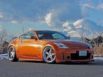 Nissan 350z Orange
