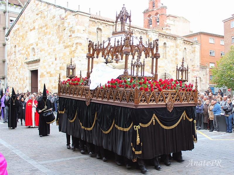Procesiones Urna Iglesia de San Esteban Zamora