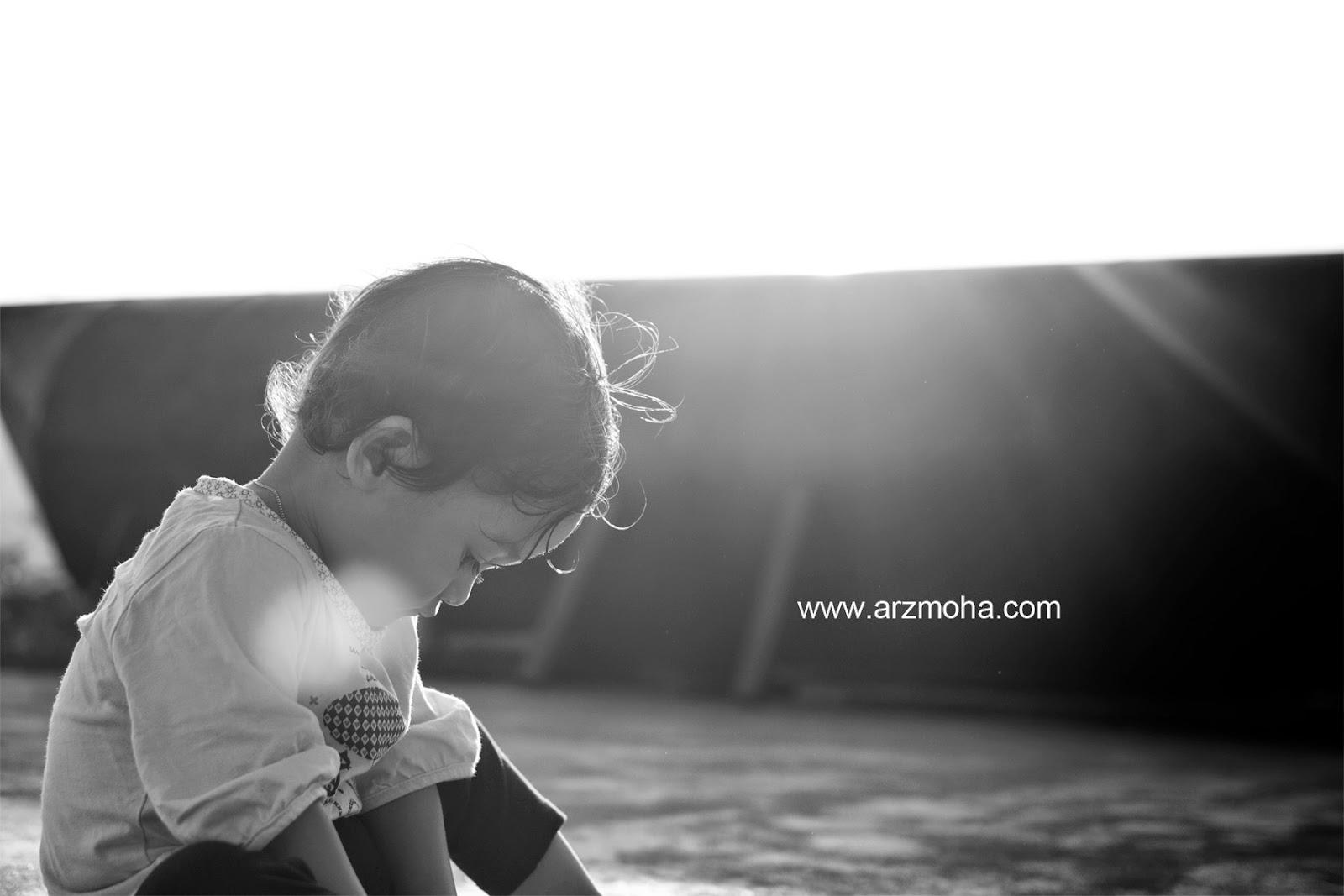 Almira, Faqihah, kids, girl, anak perempuan, black and white, arzmoha, gambar cantik