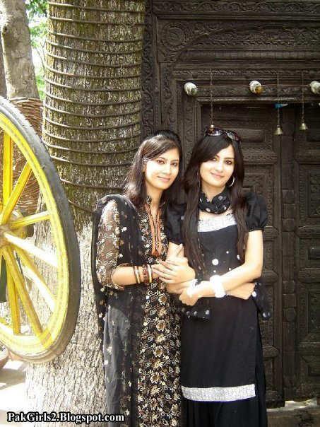 Beautiful Girls of Pakistan 2015 (3)