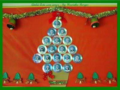 Árvores de Natal feitas com cd e dvd usados