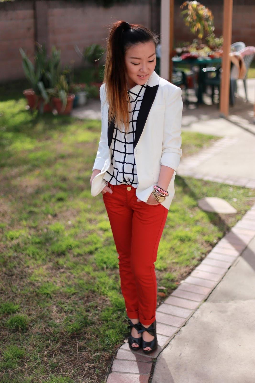 Spiffy Outfit For Girls