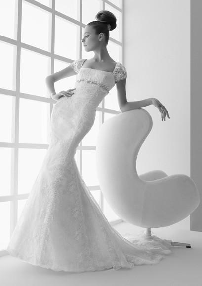 Ke Ying 39s Fashion And Stylish Blog Elie Saab VS Pronovias