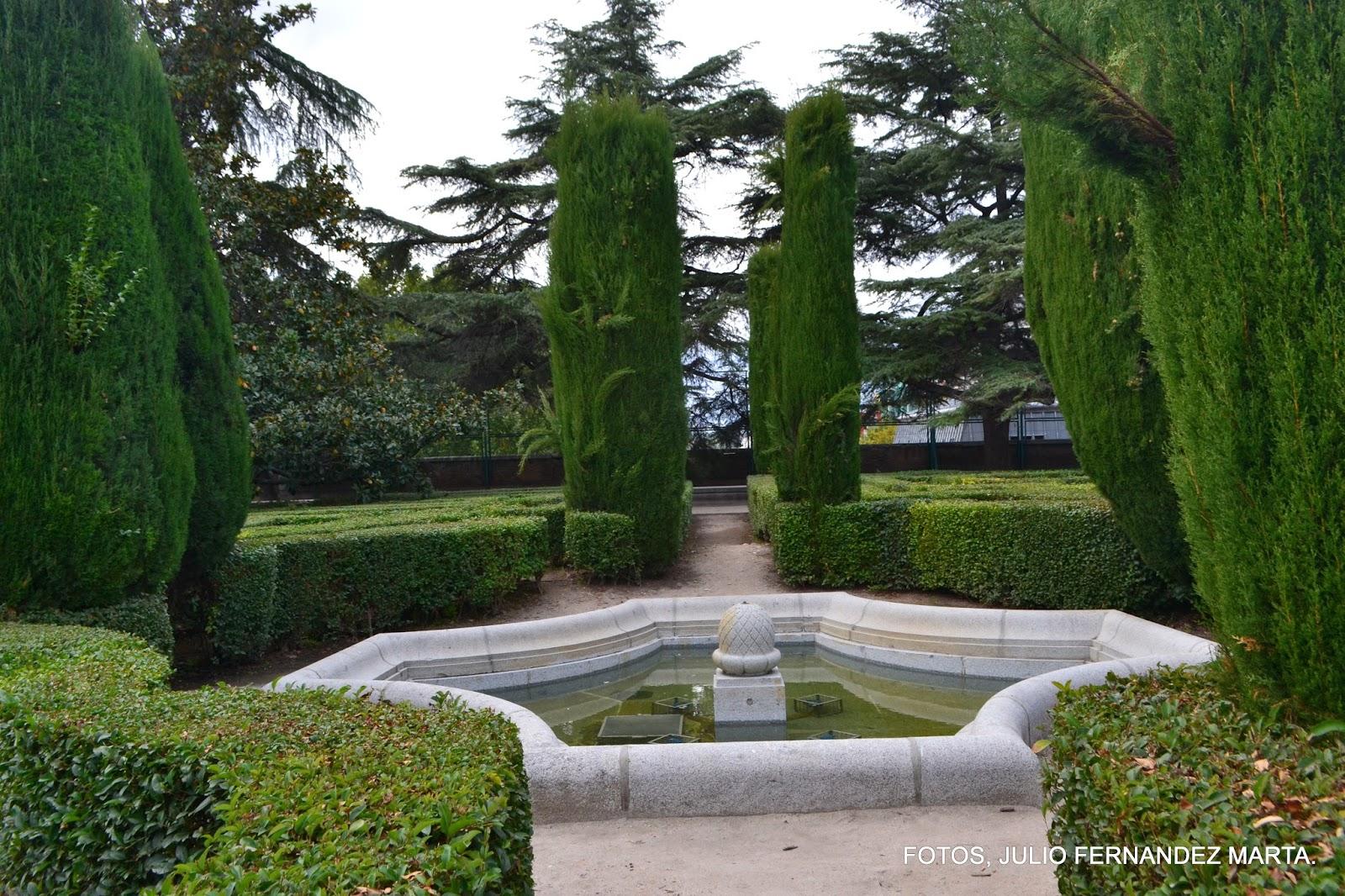 Mi peque o rinc n de fotos madrid jardines de sabatini for Al jardin de la republica acordes