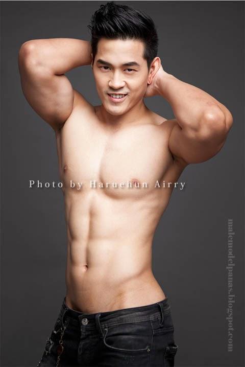 shirtless handsome asian men