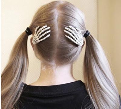 411+ +skeleton+claw+hair+clip Hair tutorial : How to do a simple french braid bun