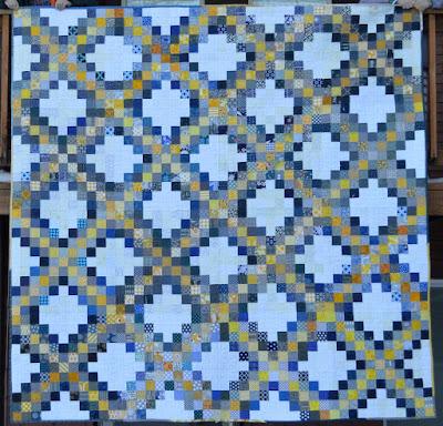 Free Irish Chain Quilt Block Pattern + Giveaway - Seams And Scissors : triple irish chain quilt pattern - Adamdwight.com