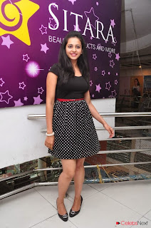 Actress Rakul Preet Singh Picture Gallery at Big Bazaar Drawing Event 0046.jpg