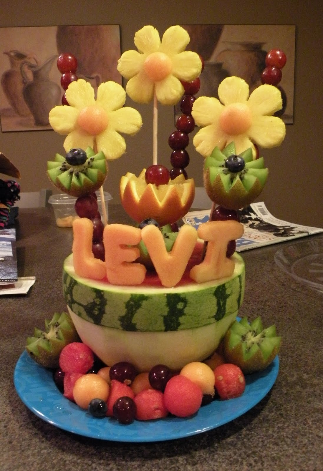 Baby Gift Edible Arrangements : The fruity flower girl fruit arrangements and carvings