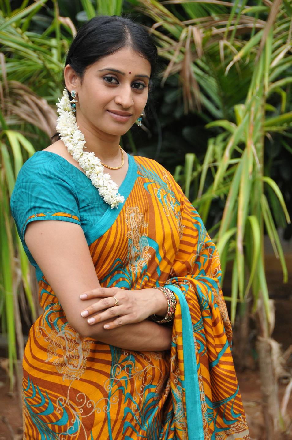 Meena Kumari Serial Actress Hot Actress Meena Kumari L...