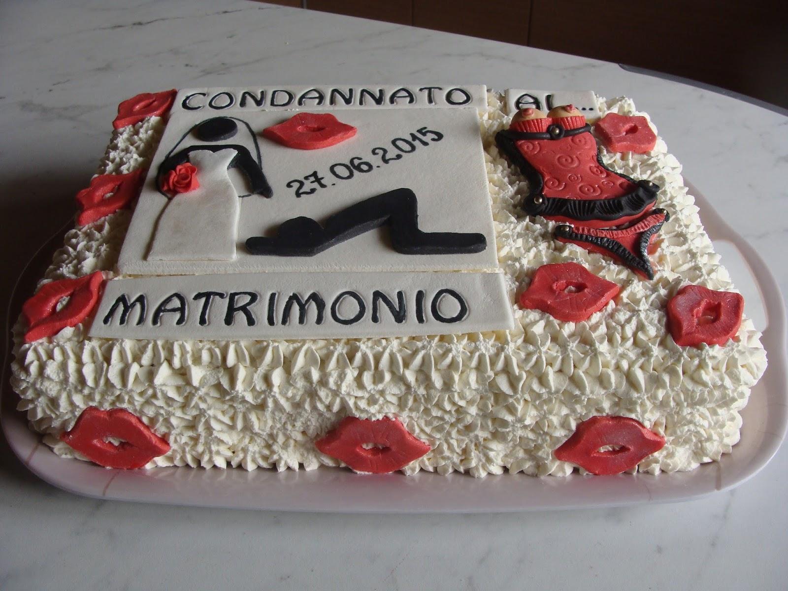 Torte addio al celibato mm93 regardsdefemmes for Cabina di addio al celibato
