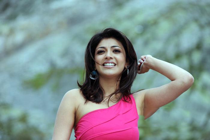 Singham Actress Kajal Agarwal Stills - 10 Pics