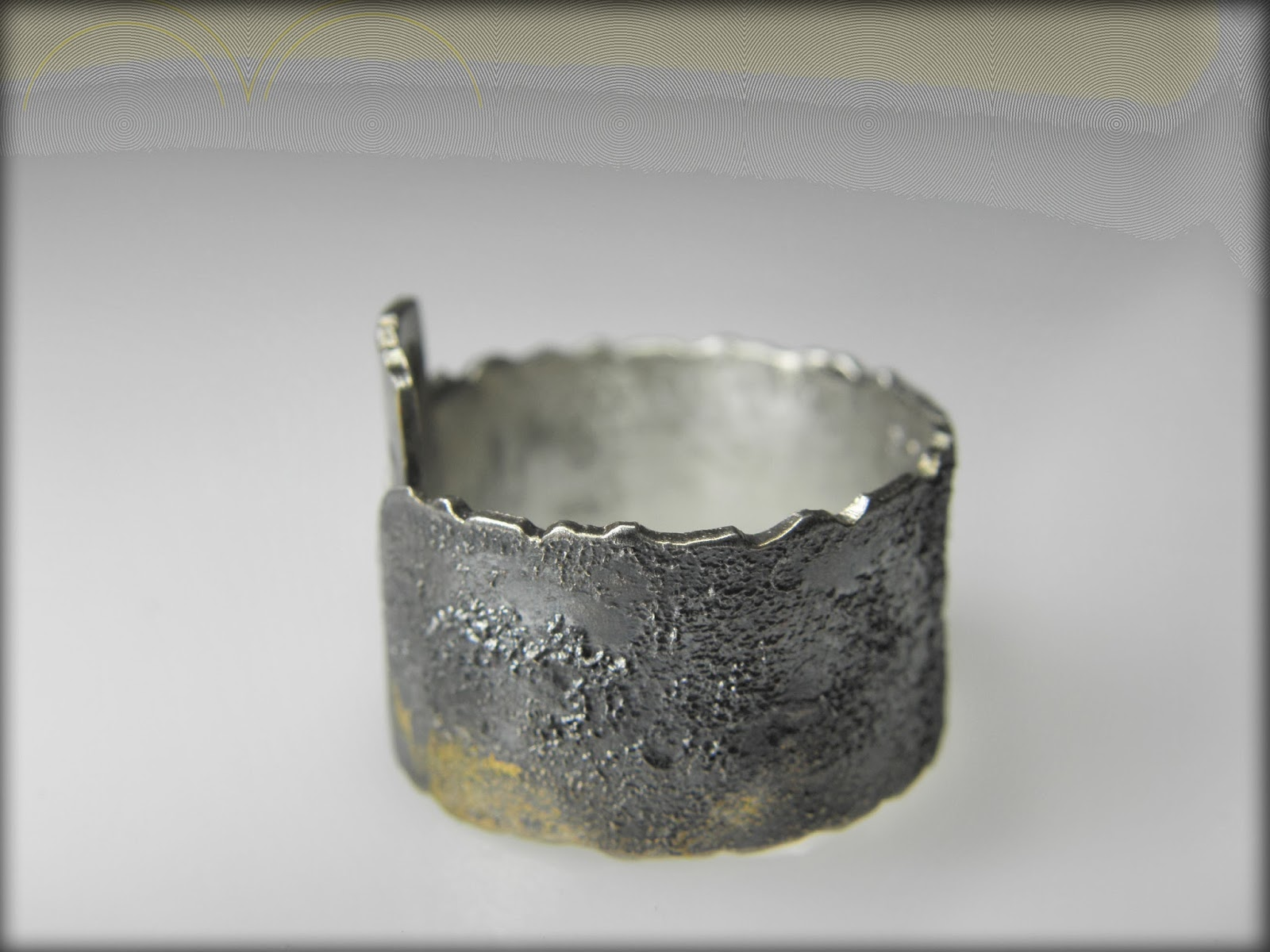 https://www.etsy.com/listing/179237549/silver-men-ring-with-24-k-yellow-gold?ref=shop_home_active_3