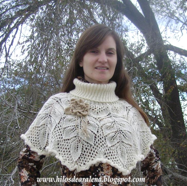 Cuello abrigado en 5 agujas con flores al crochet