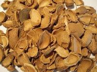 Biomasa de cáscaras de almendras.