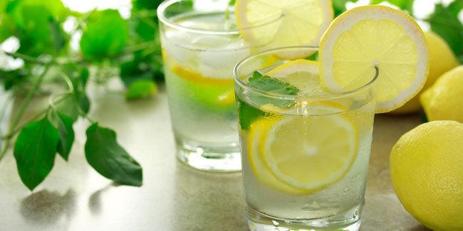 5 Manfaat Ibu Hamil Minum Perasan Air Lemon