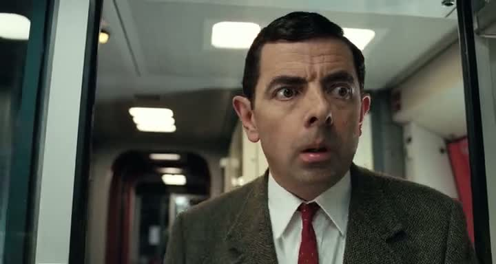 Screen Shot Of Mr. Bean's Holiday (2007) Dual Audio Movie 300MB small Size PC Movie