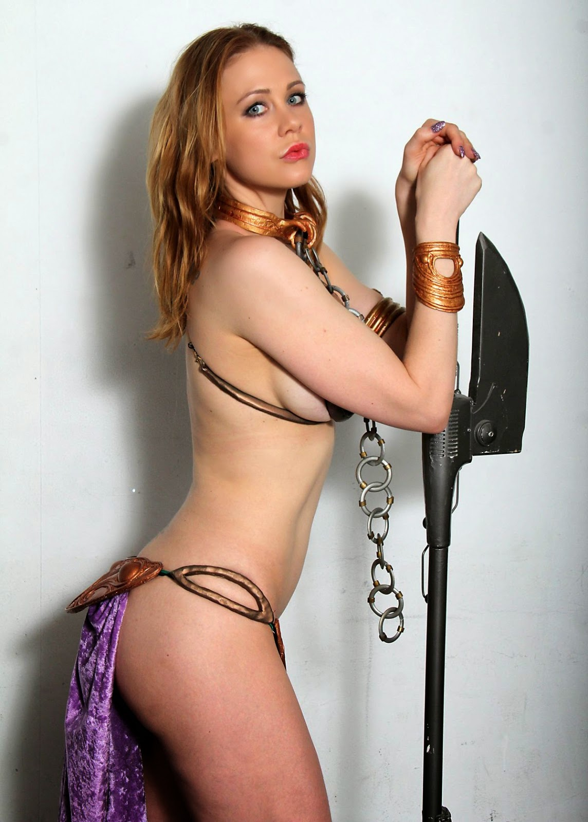 Maitland Ward Cosplay girl as Princess Leia