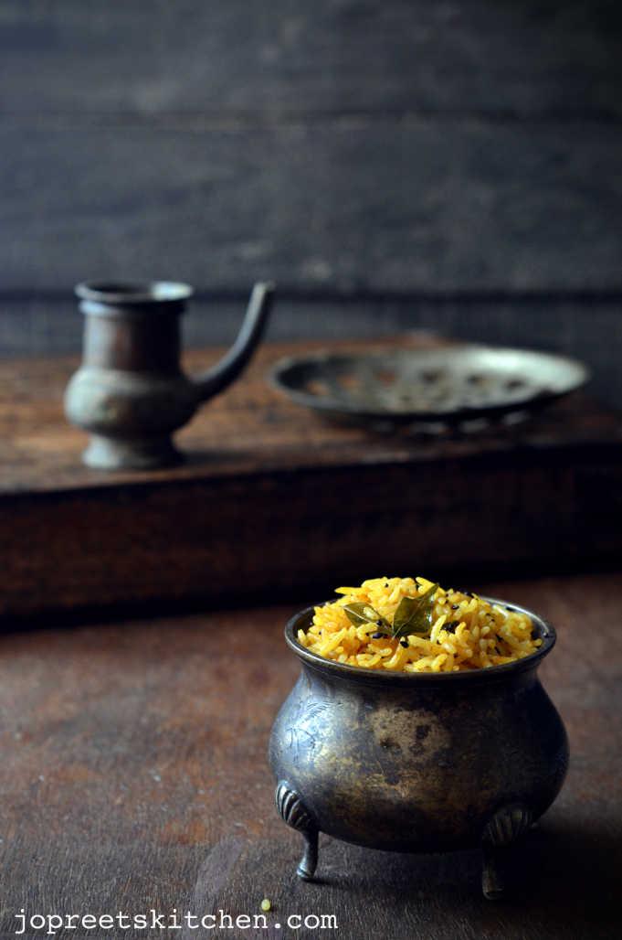 Ellu Puli Saadam / Sesame Seeds & Tamarind Rice - Easy Lunch Box Recipes