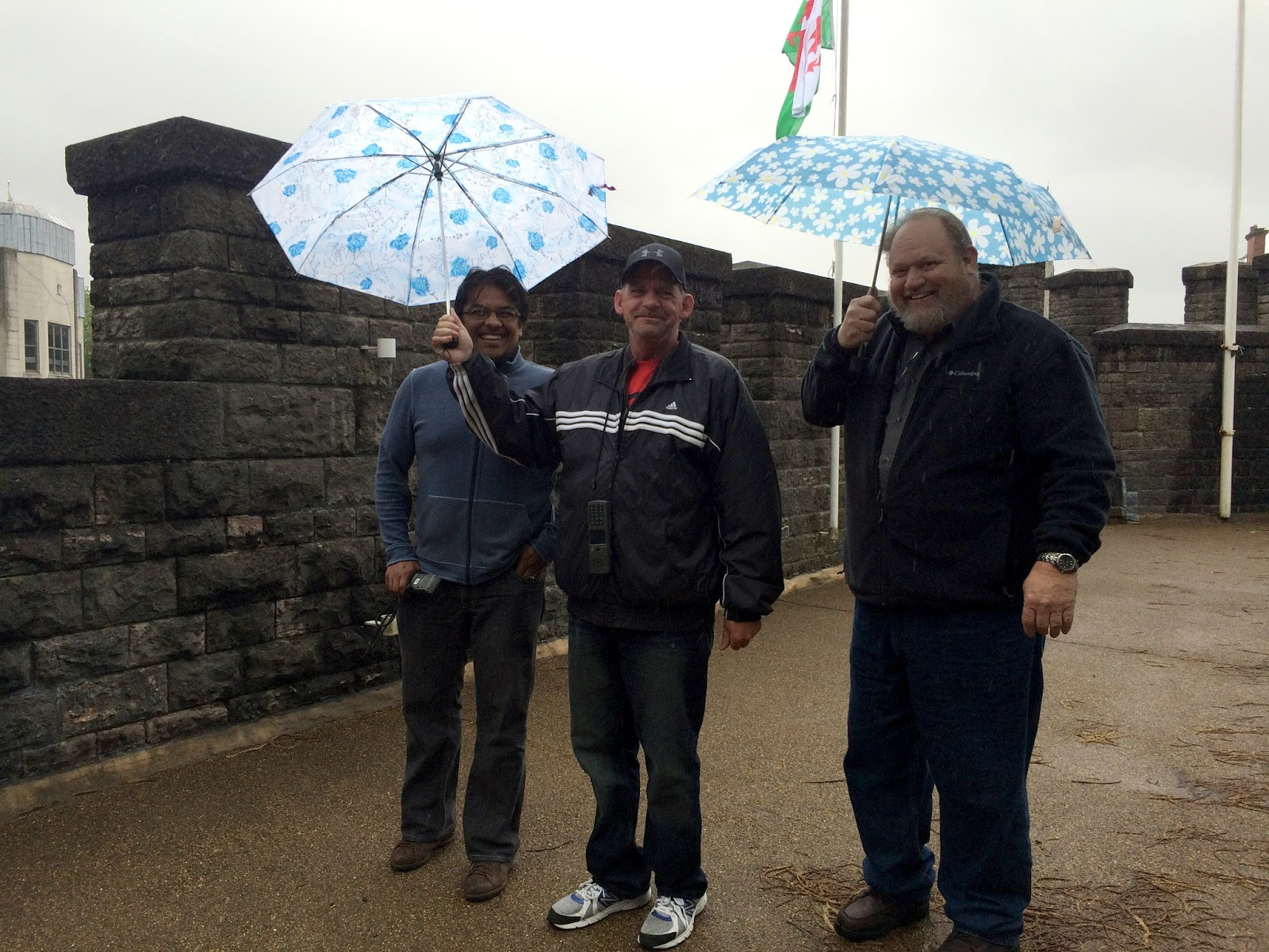 cozy birdhouse | a rainy trip to Cardiff castle