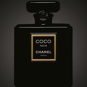 le critique de parfum coco noir l 39 extrait. Black Bedroom Furniture Sets. Home Design Ideas