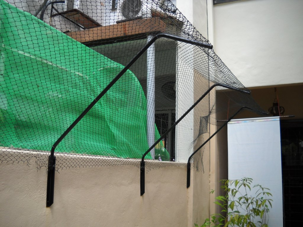 the purrfect cat fence