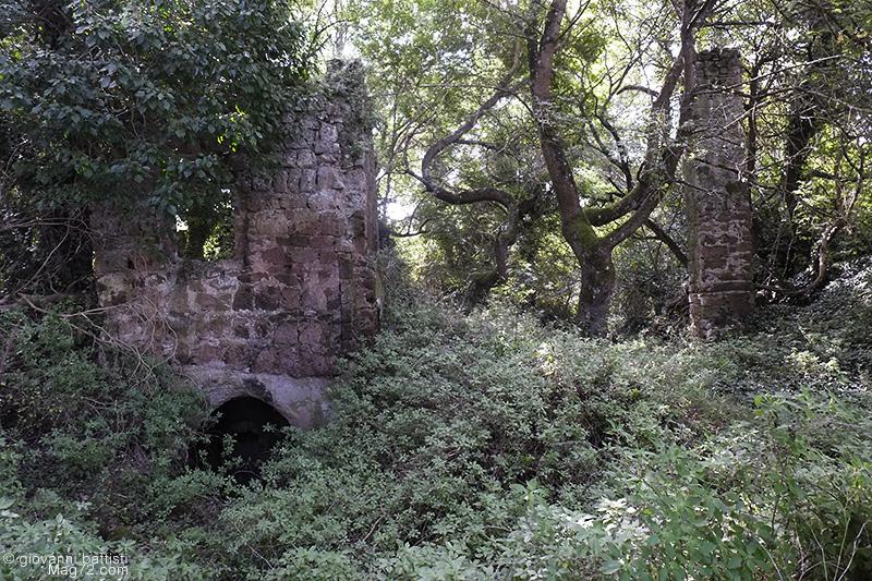 Rovine dell'antico borgo di Monterano