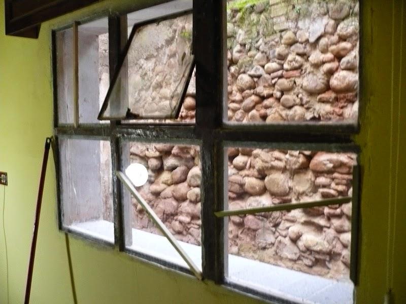 Como forrar una ventana de hormigon con madera