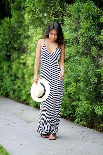 Moda - Vestido às riscas  com nós - tendências verão 2015