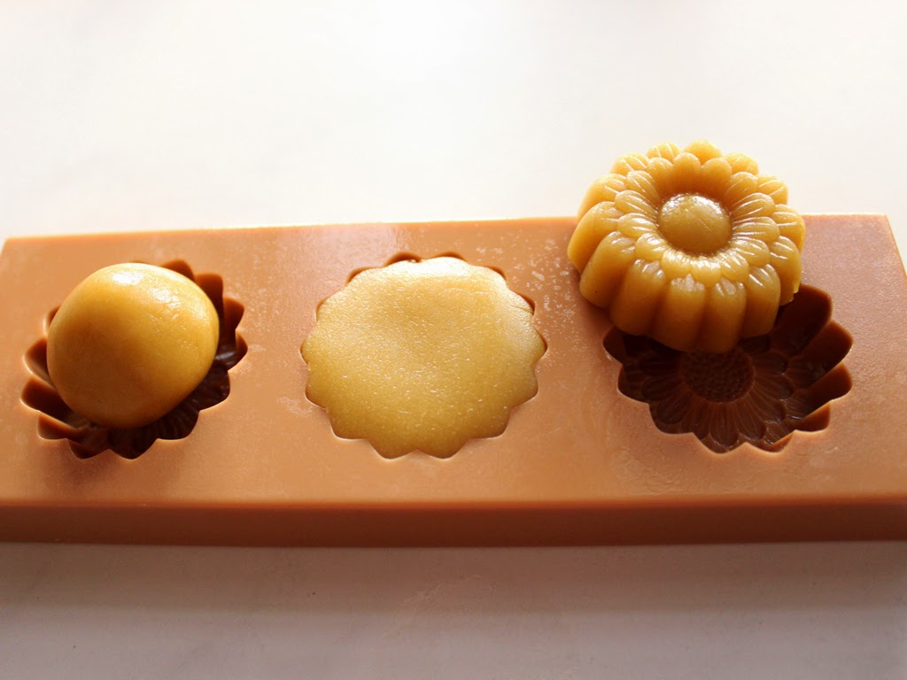 Moon cake Biscuit