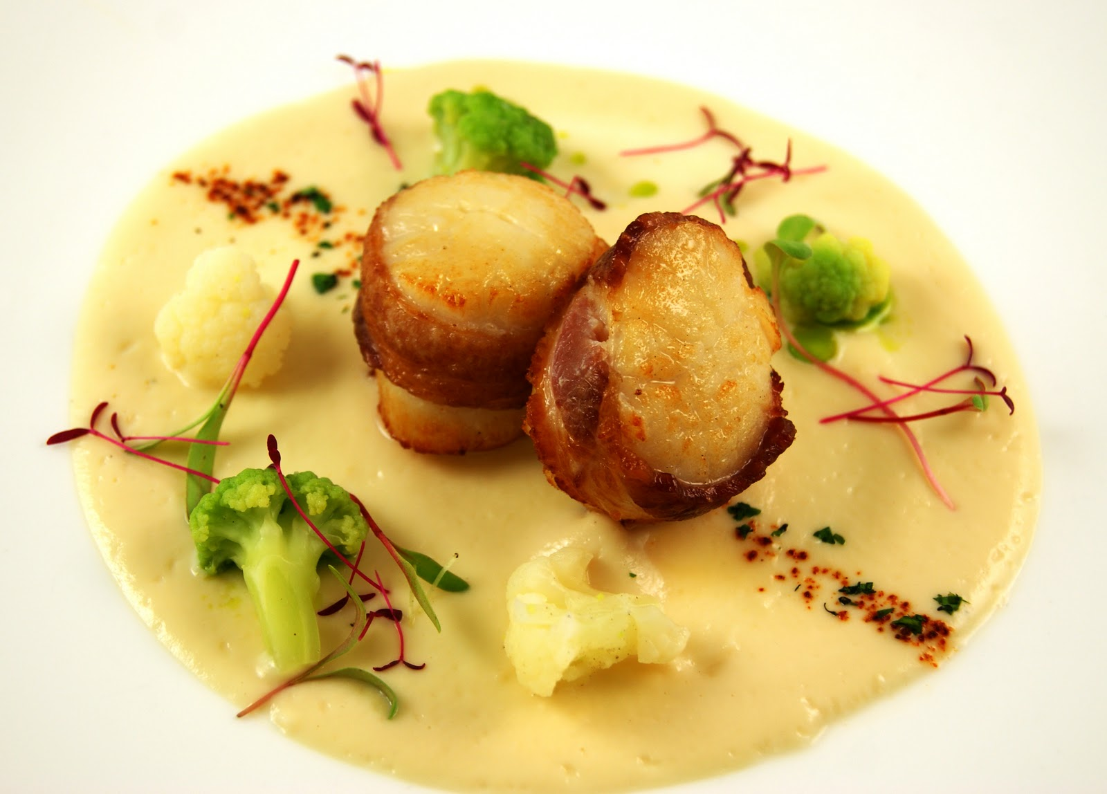 ... Heat: Bacon Wrapped Scallops with Cauliflower Puree, Chipotle Powder