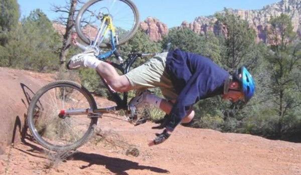Caida con Mountain Bike