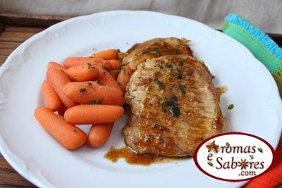 Aromas e Sabores: Bife de lombo de porco com <b>xarope</b> de <b>romã</b> e maracujá 2014