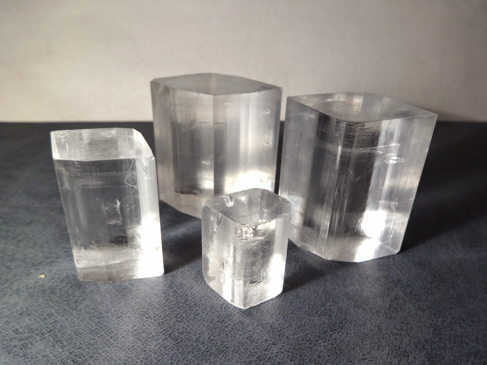 How to grow a crystal of salt at home