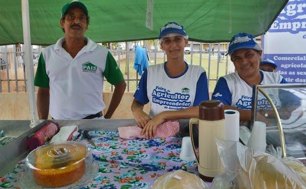 Feira do Agricultor empreendedor é um sucesso no centro de Acrelândia