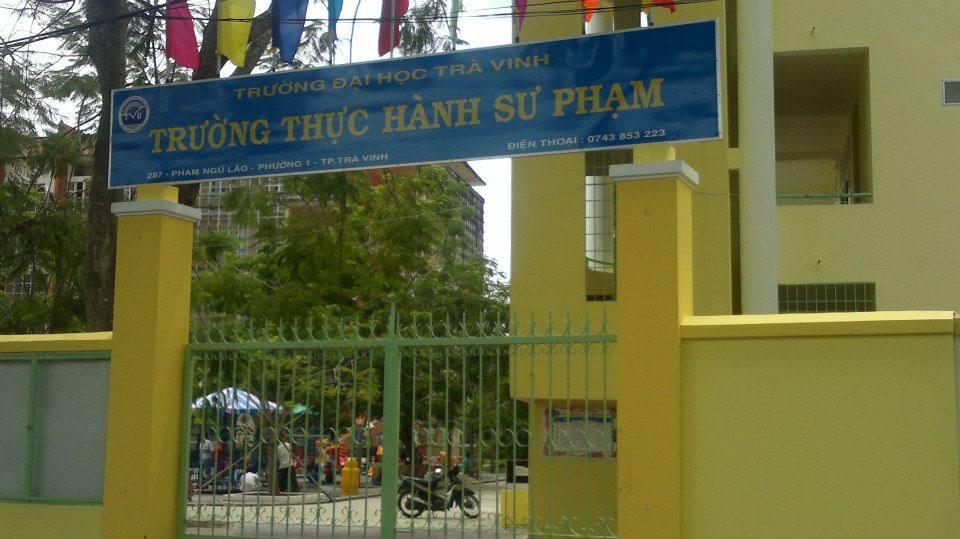BÀN GHẾ- XÍCH DU- THANG LEO